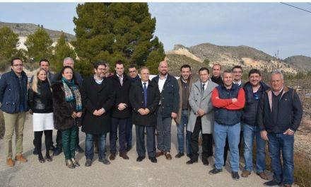 La Comunidad invierte 500.000 euros en mejorar los accesos a importantes explotaciones agrícolas y canteras de Cehegín