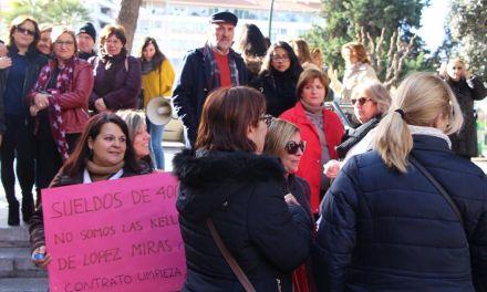 IU-Verdes acusa al Gobierno de López Miras de connivencia en el mantenimiento de la precariedad de las trabajadoras de la limpieza de la CARM