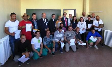 Agricultura colabora en la formación y reinserción laboral de los reclusos del Centro Penitenciario Murcia II