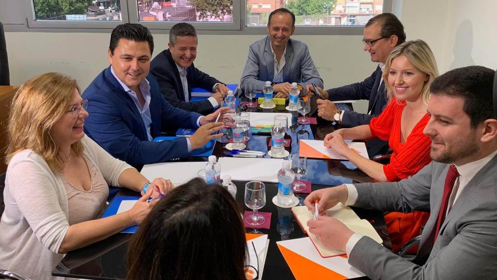 El Partido Popular y Ciudadanos cierran un acuerdo programático para la Región de Murcia con 72 medidas de actuación
