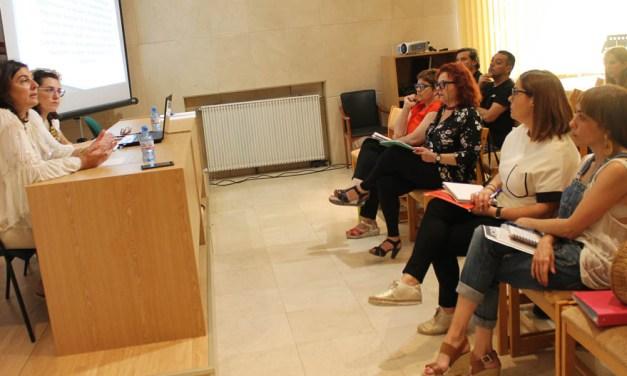 Policía, Guardia Civil, Servicios Sociales y personal del Ayuntamiento de Bullas en general se forman en materia de violencia de género