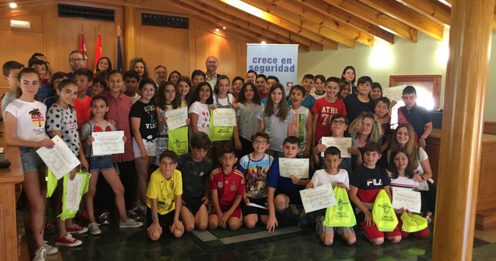 Entregados en Pliego los diplomas del concurso «Crece en Seguridad»