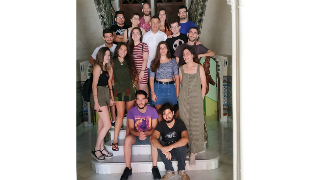 Alumnos de Historia catalogan un verano más el archivo histórico municipal y el parroquial de Bullas