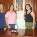 Alicia del Amor recibe a los estudiantes con mejores notas de bachillerato