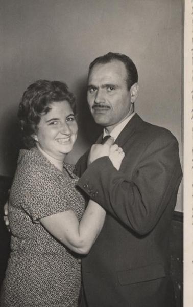 Bailando con su esposa, Pepa