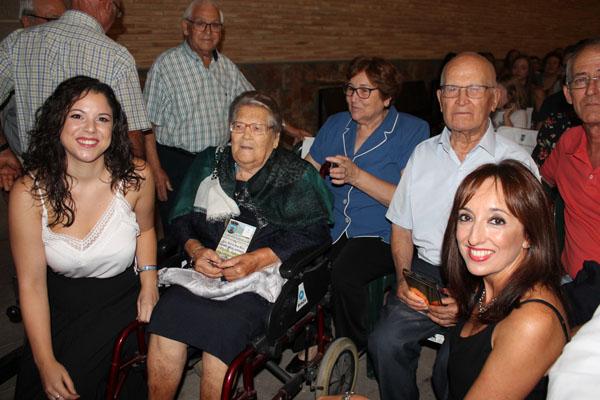Homenaje a los mayores con la entrega de uno de los galardones