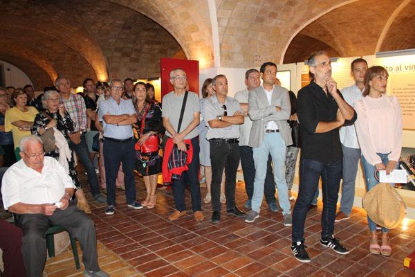 Público que asistió a la inauguración