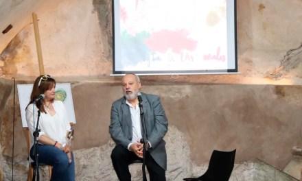 Ana Peinado y Enrique Garcés presentan dos libros en la Escuela del Vino