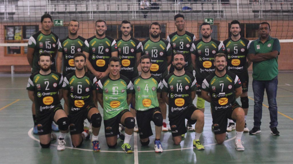 Gran victoria del Club Voleibol Caravaca en Villena