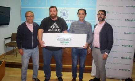La barraca 'Los Sarretazos' gana el premio de 'La Peña Recicla' de las Fiestas Patronales 2019
