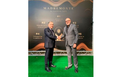 Reina Group y AMC Natural Drinks presentan MadreMonte