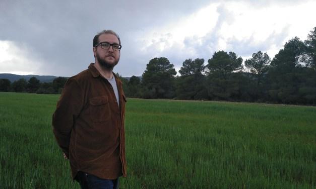 """""""Diría que mi libro pone rostro humano a un problema de datos"""", Antonio Fernández Jiménez, autor de «Una vida retirada»"""