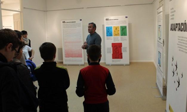 Unos 400 alumnos visitan en Bullas la exposición sobre el Cambio Climático