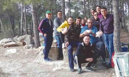 Jornada de convivencia y monas en La Muela