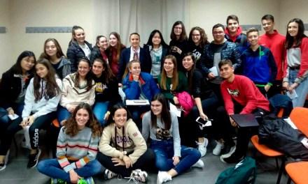 Juventud Caravaca pone en marcha con 55 jóvenes el programa de prevención de adicciones 'Viaje saludable'