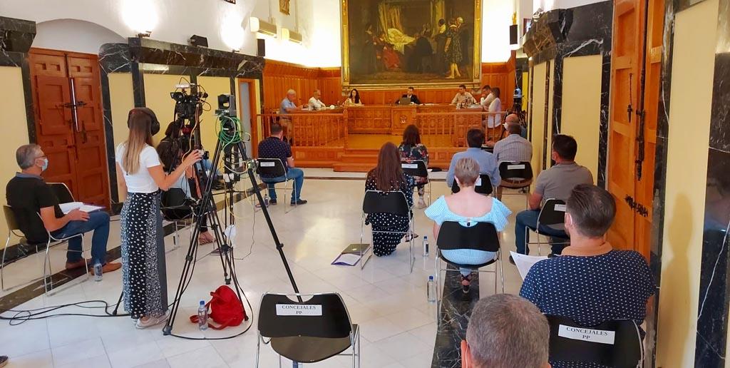 El doctor Antonio López Bermejo, presidente de la Fundación Española contra la Leucemia, será nombrado por el Ayuntamiento de Caravaca Hijo Adoptivo de la Ciudad