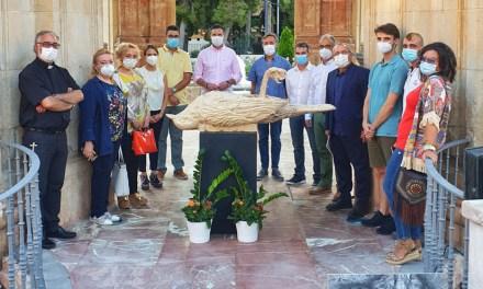 Los caravaqueños Pascual Adolfo López y Jesús Martínez rinden su particular homenaje a las víctimas del COVID-19