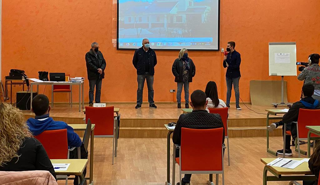 Ha comenzado en Moratalla el taller mixto de empleo y formación para jóvenes sobre conservación de infraestructuras
