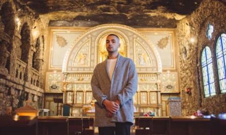Ya se puede escuchar «Invocation», el adelanto del primer disco del artista caravaqueño Jesús Cristóbal