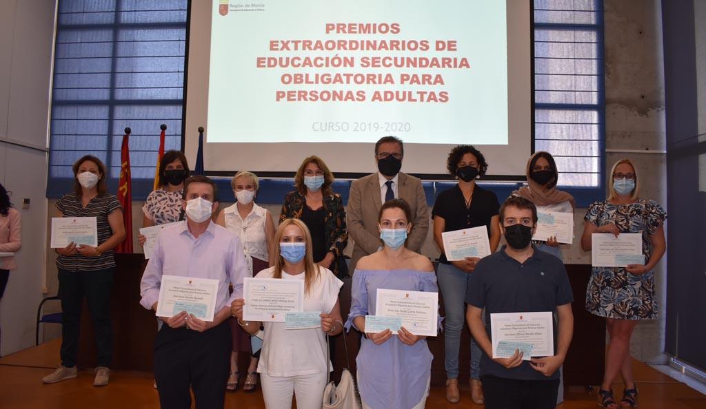 Elena María Marín Sánchez, Premio Extraordinario de ESO para personas adultas del curso 2019-20