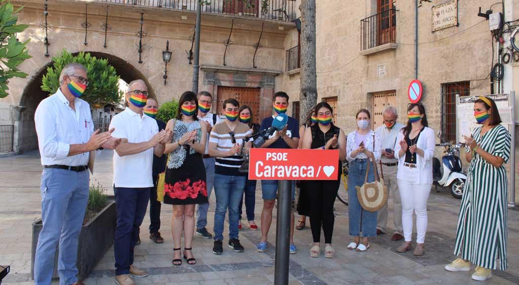 El Grupo Municipal Socialista y Juventudes Socialistas visibilizan en Caravaca de la Cruz el Día del Orgullo LGTBI 2021