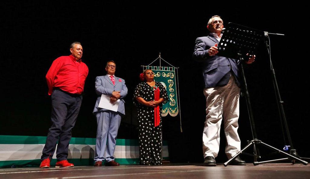La Fundación Cante de las Minas recibe el reconocimiento al 'Andaluz del año' de la Casa de Andalucía 'Rafael Alberti' de Torrevieja