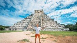 Turista en Chichén Itzá | Foto: Especial