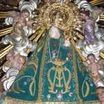 Campanar celabra su Virgen con unos invitados especiales de una escuela de español