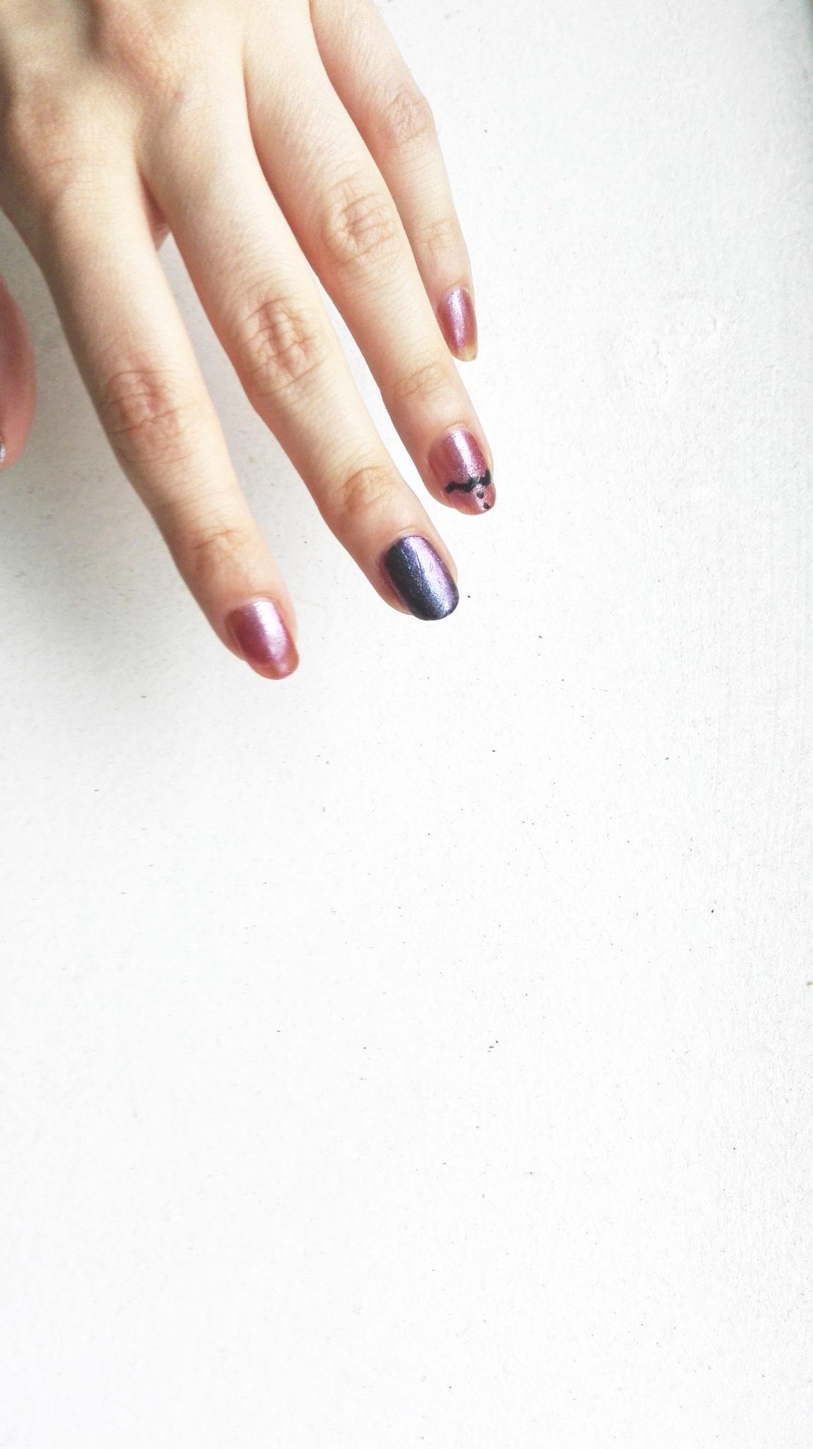 Holo Pantone 2016 – Nail art