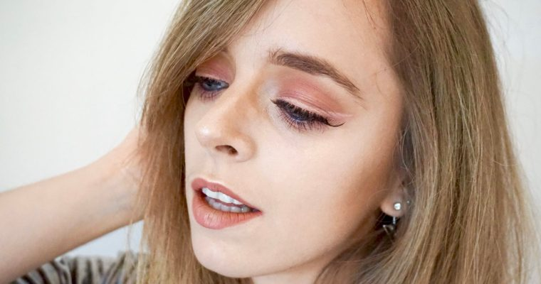 Modern Rose Makeup – MSC