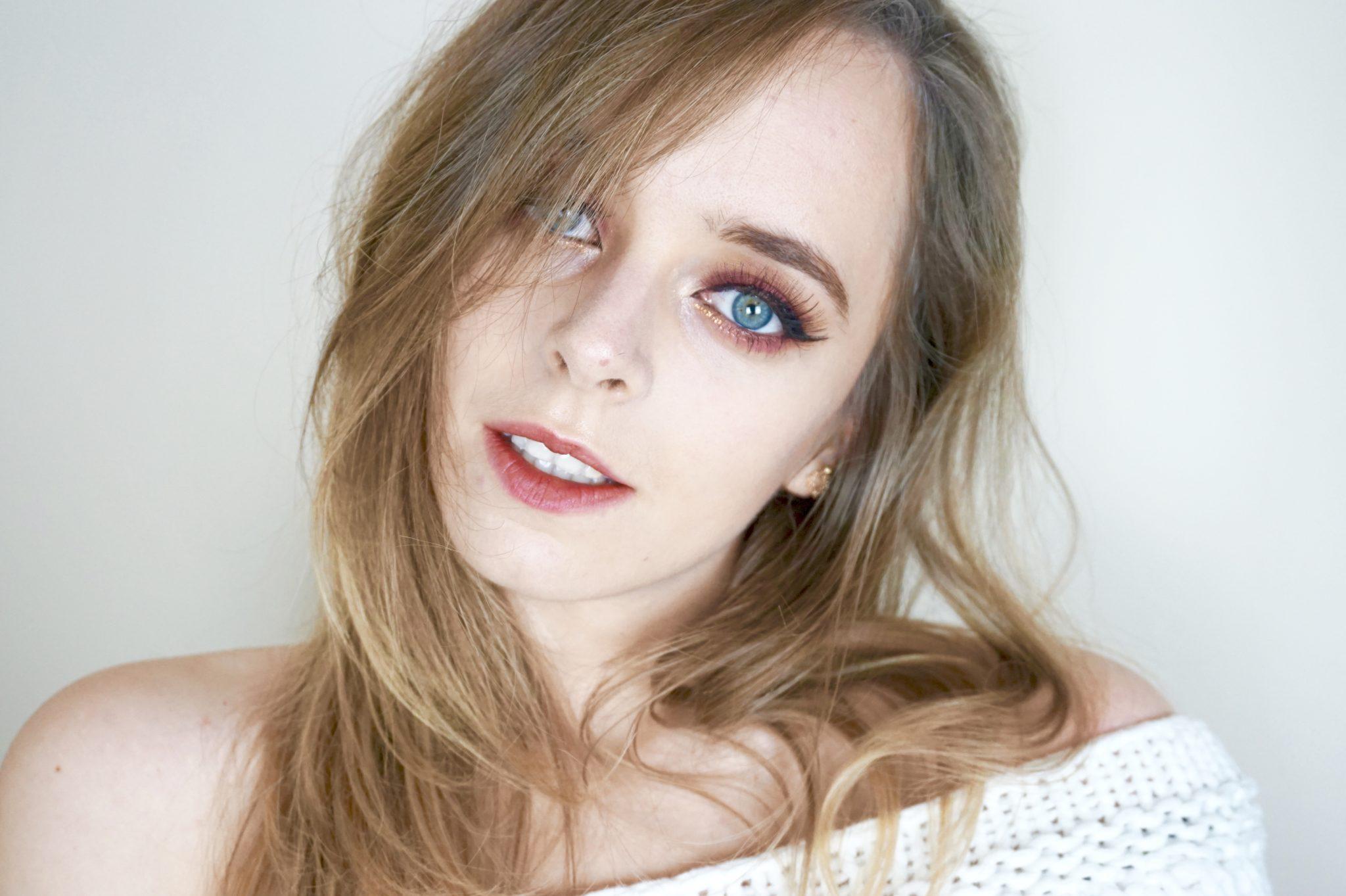 Maquillage Rouge Étincelant – MSC