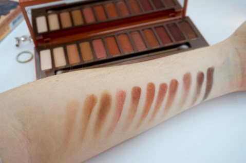 swatches fards à paupières naked heat urban decay