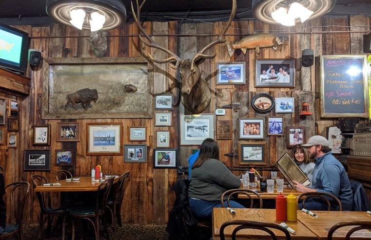 McCall, un pueblo de caza y cabañas en las montañas
