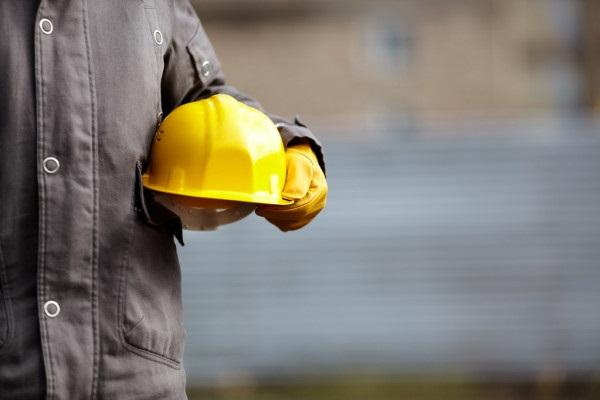 Proyecto que reduciría la jornada laboral en Colombia está a un debate de ser ley