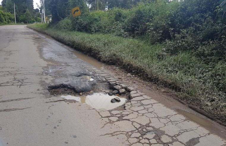 Usuarios denuncian mal estado de la vía Cajicá – Tabio