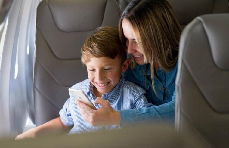 Guía para viajes aéreos con niños durante la semana de receso