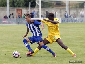 Aly Coulibaly ha realizado esta pretemporada con el primer equipo azulgrana / Foto: Deportivo Alavés