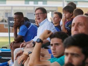 Anquela durante el partido / Foto: Javier Broto