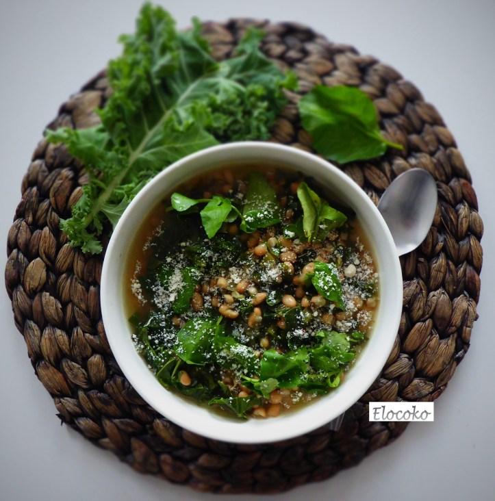 Soupe haricots blancs, légumes verts et parmesan