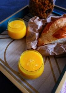 smoothie vitaminé orange mangue