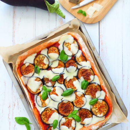Pizza aubergine et tomme de brebis b