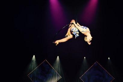 acrobatie cerceau festival aérien