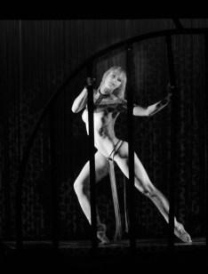 Elodie Lobjois danseuse Crazy Horse Paris