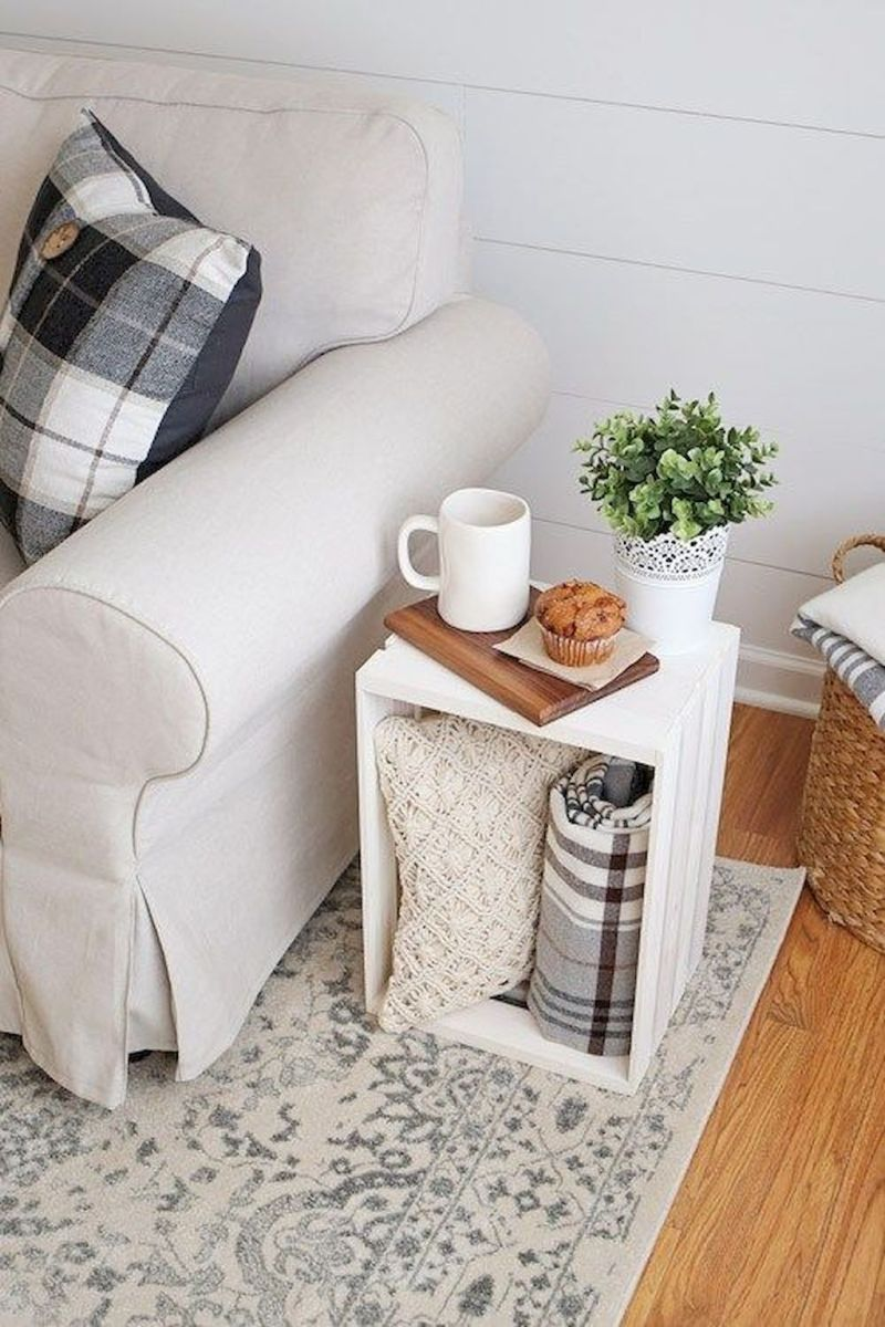 Creative Farmhouse Style Side Table Design Made From Scrap And Reclaimed Materials (32)