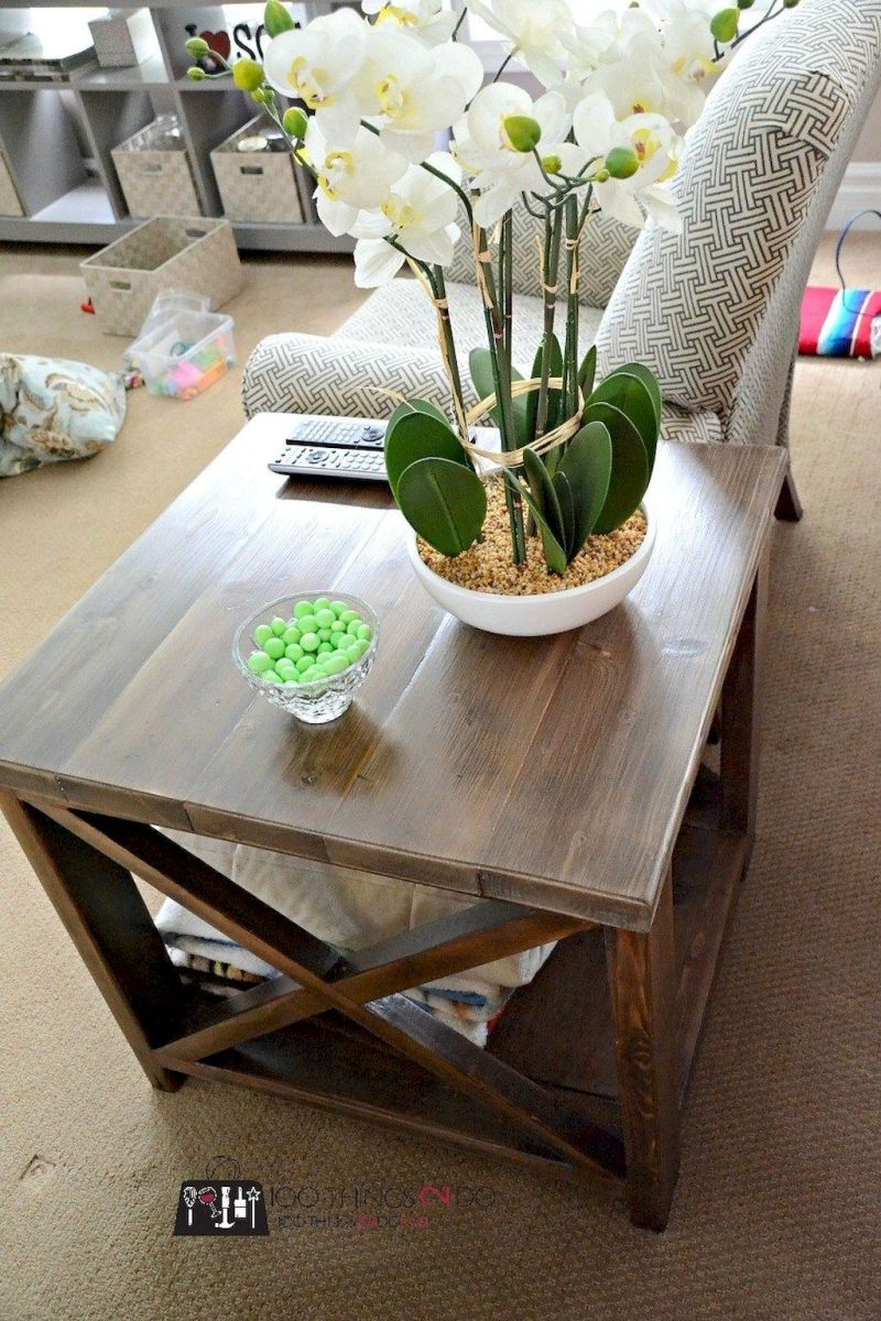 Creative Farmhouse Style Side Table Design Made From Scrap And Reclaimed Materials (47)