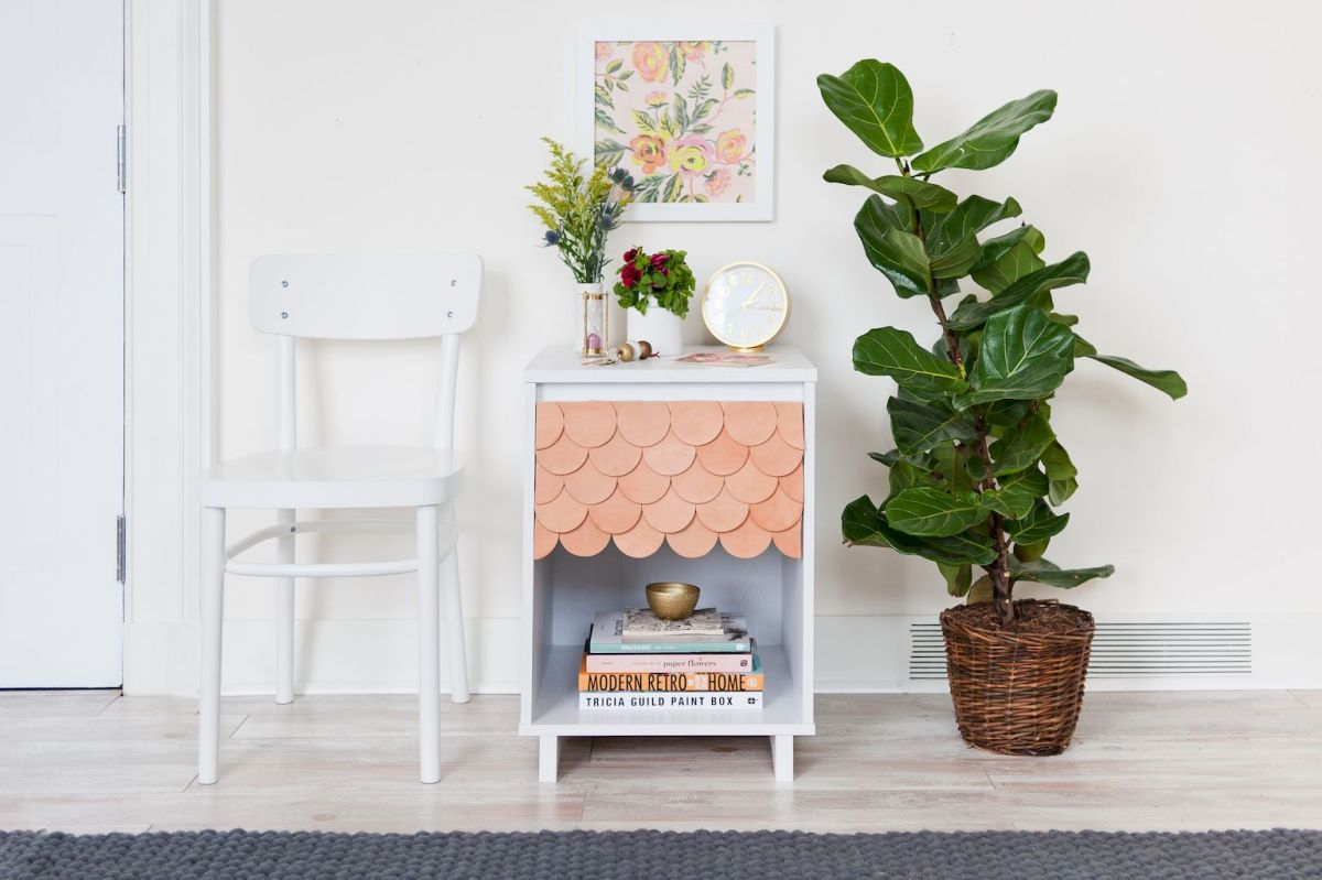 Easy tricks for Nightstand makeover ideas that will makeup the bedroom design Part 31