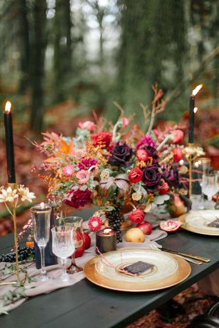 Fall wedding decoration idea with inspiring autumn decoration and fall flowers design Part 39