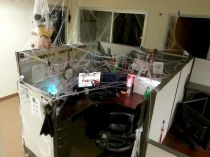 Inspiring Decoration Ideas of Halloween Cubical Office (17)