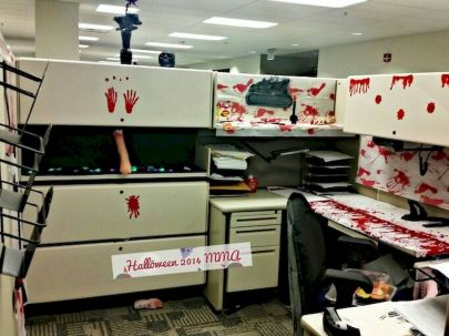 Inspiring Decoration Ideas of Halloween Cubical Office (20)