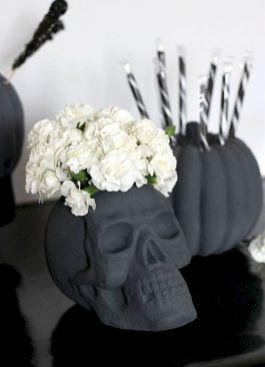 Inspiring Decoration Ideas of Halloween Cubical Office (3)